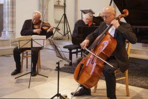 SM Ph Concert Trio 5-6-2021-254_ecr